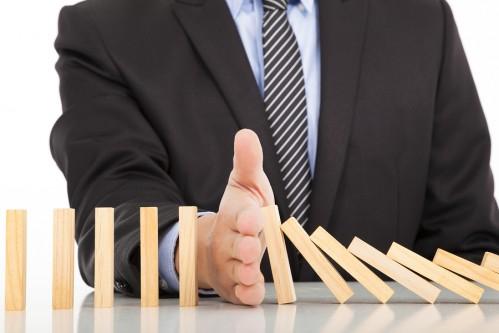 Management-vs- Leadership-Authority-Behavior